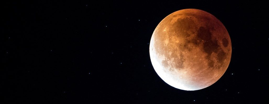 blood moon, super blue blood moon, blue moon, super moon, moon rituals